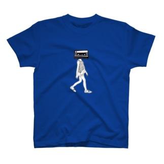 歩くカセット頭 T-shirts