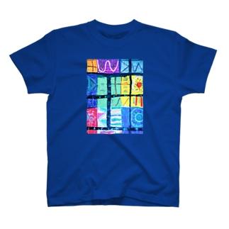 シャーマニック T-shirts