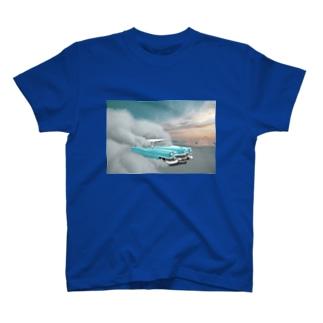 空飛ぶ車 T-shirts