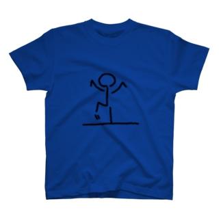 右足上げた T-shirts
