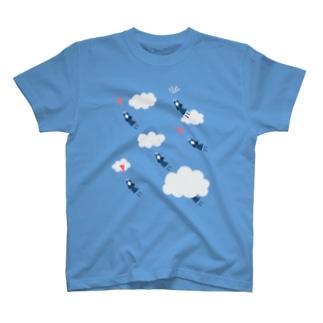 飛ばされる女子高生 T-shirts