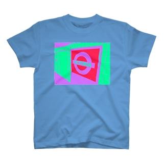 トーマスタイルのVICTORIA駅 T-shirts
