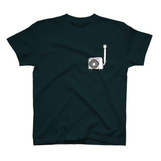 壁付け室外機 T-shirts