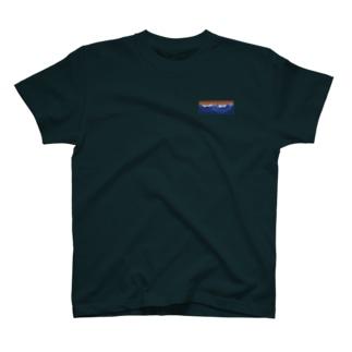 中央T T-shirts