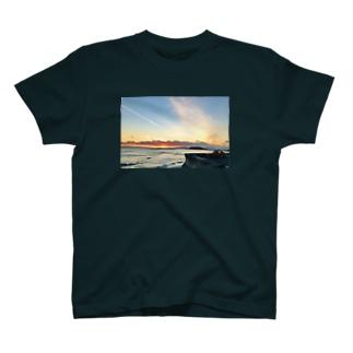 Tarde em Shonan 【前】 T-shirts