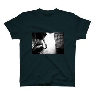 きみの帰りを待つ_02 T-shirts