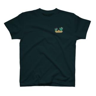 サボテンの寄せ植え T-shirts