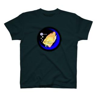 青い月と熱帯魚🐠 T-shirts