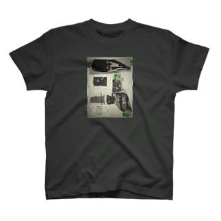 のっぺらぼう女 T-shirts