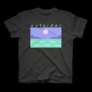 nm.のアウトサイダー T-shirts
