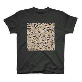 ひょう柄猫ちゃんベージュ T-shirts