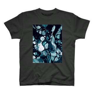 aのfloat T-shirts