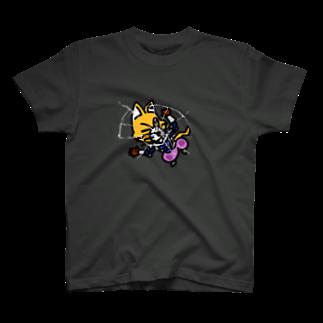 キャットCのこうじょうけんがくの手前ふっとびキャットC T-shirts