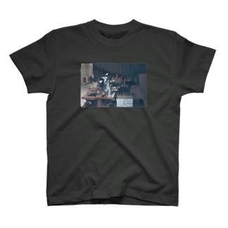 DAKグラフィックTシャツ T-shirts