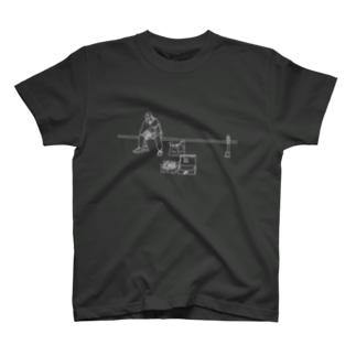 ポーランドのホームレスおじさん T-shirts