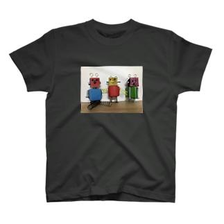 ロボくんトリオ☆☆☆ ロボット T-shirts