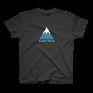 BEARGUNDYの山ボーイ T-shirts