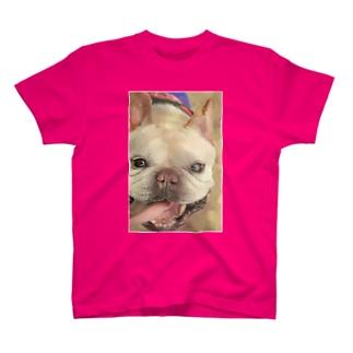 g笑顔のとんこつ T-shirts