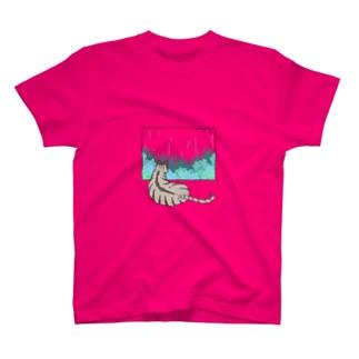 殿と梅雨/猫 T-shirts