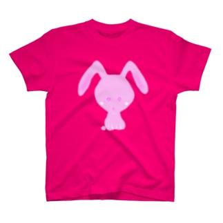 ピンクのウサギ T-shirts