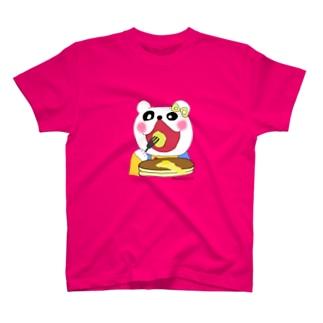 クマゴロウとパンケーキ【longnoseはなぐま】 T-shirts