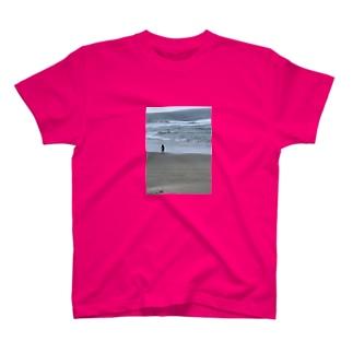 波男🌊 T-shirts
