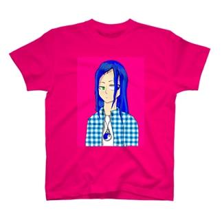 レイシア・クローネ T-shirts