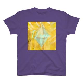 絵画的ピラミッドシステム崩壊 T-shirts