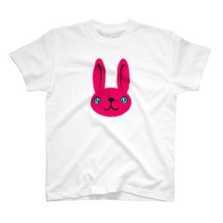 ウサギ pink Tシャツ