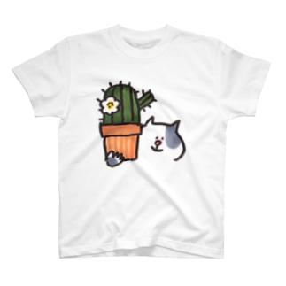 サボテンとねこ Tシャツ