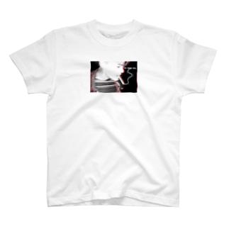 smoking boy Tシャツ