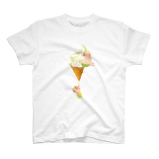 ブタとソフトクリーム Tシャツ