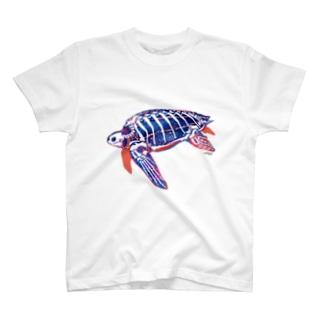 オサガメのホネ[White] Tシャツ