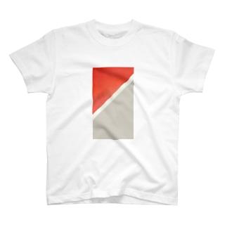 / Tシャツ