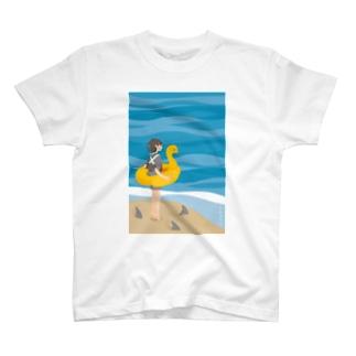 さめ子さん、海へ Tシャツ