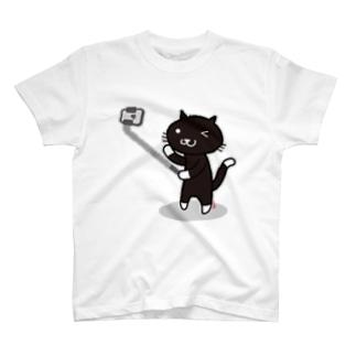 自撮り猫(KURO) Tシャツ