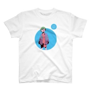 怪訝な表情をした女の子 Tシャツ