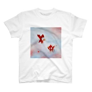 【金魚】琉金~雲竜の関~ Tシャツ