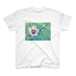 ムクゲ:透明水彩でお花の絵 Tシャツ