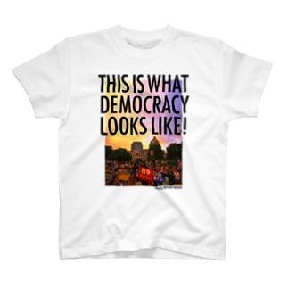 色生地用 WHAT'S DEMOCRACY? カラー Tシャツ