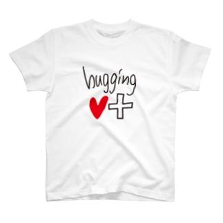 hugging♡+_LOGO♡ Tシャツ