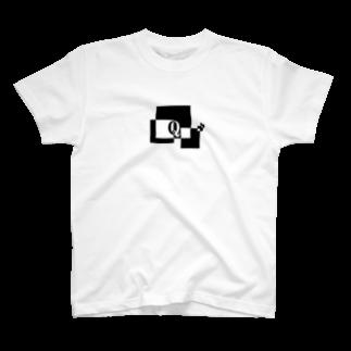 シンプルデザイン:Tシャツ・パーカー・スマートフォンケース・トートバッグ・マグカップのシンプルデザインアルファベットQTシャツ