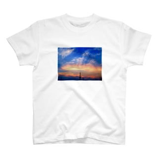 Sunset and clouds Tシャツ