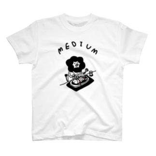 ウサギのミディアム Tシャツ