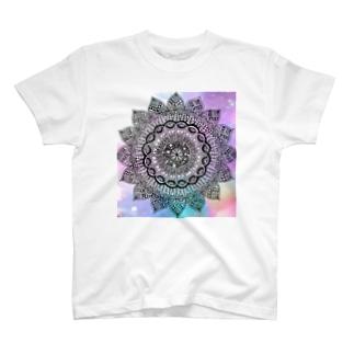 mandala color Tシャツ