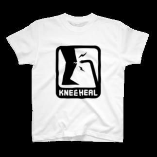 2BRO. 公式グッズストアの黒「KNEE HEAL」淡色TシャツTシャツ