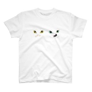 モズ&オム2匹の微妙な距離感 Tシャツ