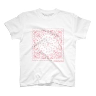 おやまくまバンダナ柄(ピンク) Tシャツ