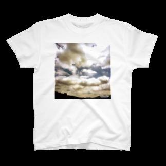 Katsuの空を着るTシャツTシャツ