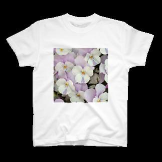 Luckyemeの淡紫白パンジーTシャツ